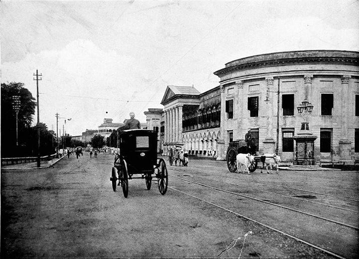 ၁၉၀၀ ပြည့်နှစ်ဝန်းကျင်က (ဘားလမ်းထောင့်) ကမ်းနားလမ်း၏ ပုံရိပ်