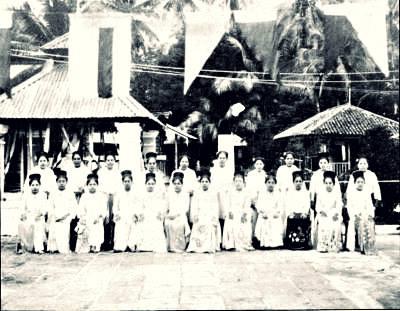 Myanmar's first modern migrant workers - Cheroot Ladies