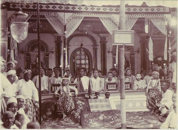 """A young prince and followers"" Mandalay c. 1895 by Felice Beato"